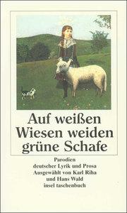 Auf weißen Wiesen weiden grüne Schafe