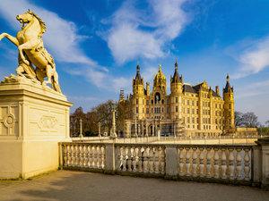 CALVENDO Puzzle Wunderschönes Schwerin 1000 Teile Lege-Größe 64