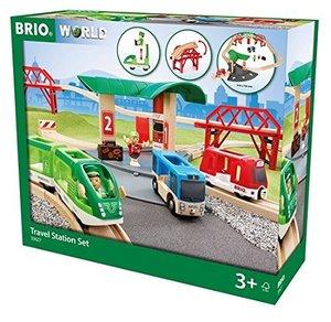 BRIO 33627000 Reisezug Set mit Busbahnhof