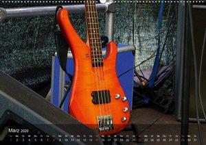 Bassgitarren im Rampenlicht