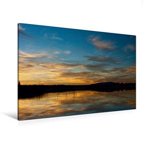 Premium Textil-Leinwand 120 cm x 80 cm quer Reflections