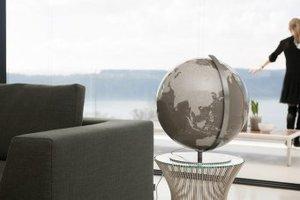 Design-Globus mit Kristallglas-Kugel in individueller Wunschfarb