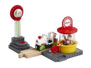 BRIO 33740 - Fun Park Spiel-Set, Stadtleben