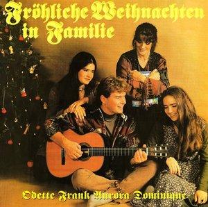 Fröhliche Weihnachten In Familie/+