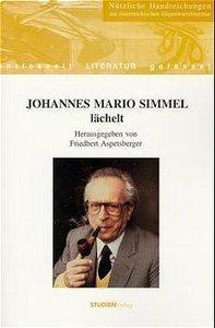 Johannes Mario Simmel lächelt