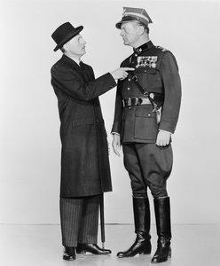 Jakobowsky und der Oberst