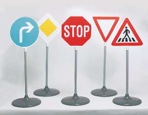 Theo Klein 2980 - Verkehrszeichen Set, 5-teilig