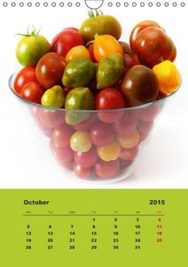 Organic Tomatoes (Wall Calendar 2015 DIN A4 Portrait)