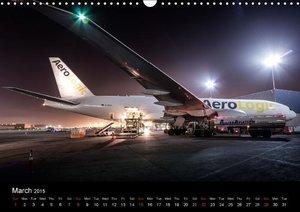 Boeing 777 FREIGHTER (Wall Calendar 2015 DIN A3 Landscape)