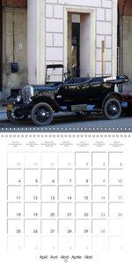 DETROIT'S DINOSAURS - PRE-WAR CARS IN CUBA (Wall Calendar 2016 3