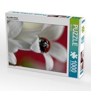 Im weißen Kleid 1000 Teile Puzzle hoch
