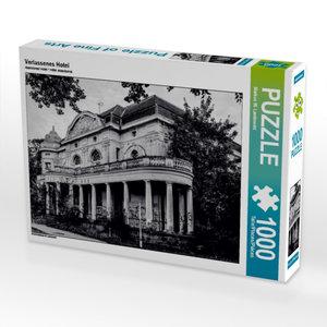 Verlassenes Hotel 1000 Teile Puzzle quer