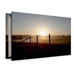 Premium Textil-Leinwand 120 cm x 80 cm quer Sonnenaufgang im Neb
