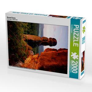 CALVENDO Puzzle Grand Dame 2000 Teile Lege-Größe 67 x 90 cm Foto