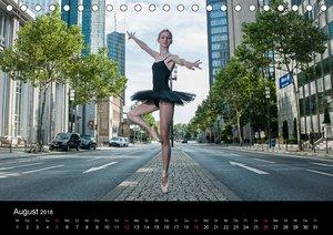 Ballerinas & Ballerinos