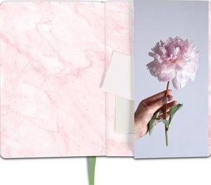 myNOTES Notizbuch A5: Man braucht nicht viel zum Glücklichsein -